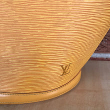 Load image into Gallery viewer, Louis Vuitton Epi Saint Jacques Shopping GM
