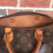Load image into Gallery viewer, ON SALE- Louis Vuitton Monogram Speedy 30 Satchel
