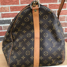 Load image into Gallery viewer, Louis Vuitton monogram Keepall 55 Bandouliere Travel Carry On