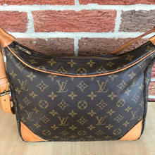 Load image into Gallery viewer, Louis Vuitton Monogram Boulogne 30