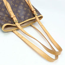 Load image into Gallery viewer, Louis Vuitton Monogram Bucket GM