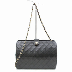 CHANEL Vintage Quilted Chain Shoulder Bag