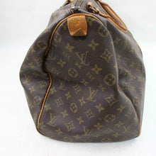 Load image into Gallery viewer, Louis Vuitton Monogram Keepall 50 Travel Bag