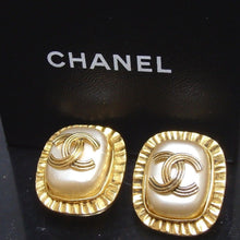 Load image into Gallery viewer, CHANEL CC Logo Pearl Clip On Earrings