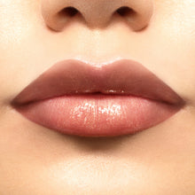 Load image into Gallery viewer, STILA Beauty Boss Lip Gloss- Golden Parachute