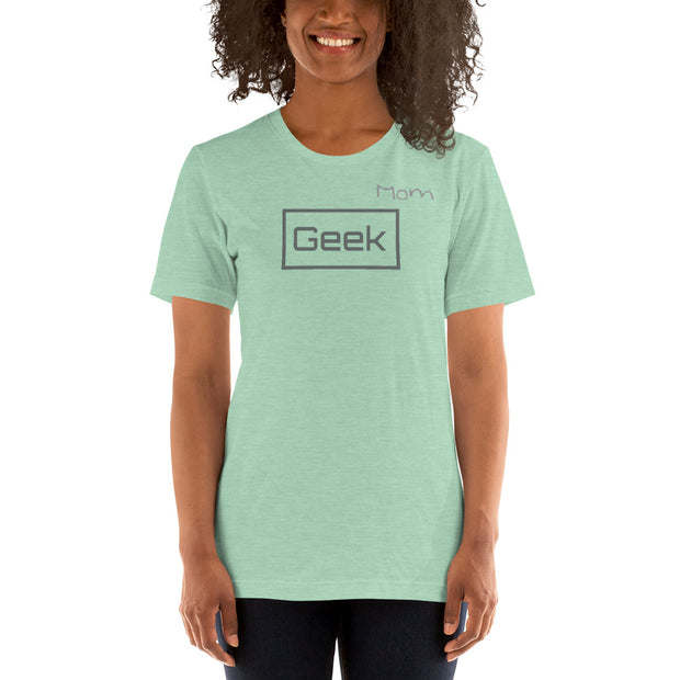 """Geek Mom"" Short-Sleeve Women's Geeky Tee"