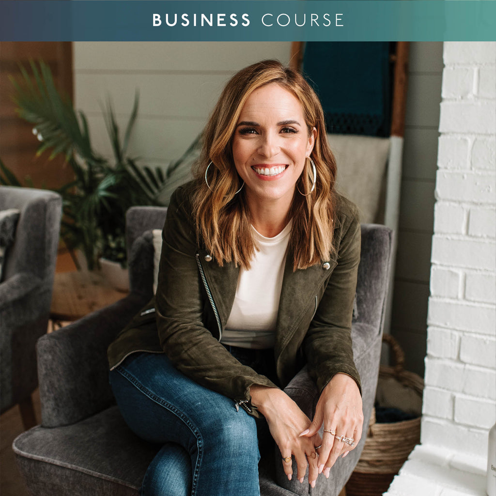 SOCIAL MEDIA MARKETING 101 WITH RACHEL HOLLIS