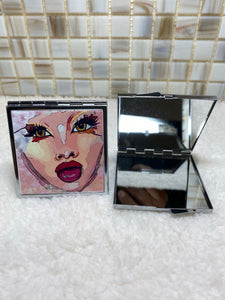 Glowing Beauty Mirror Compact