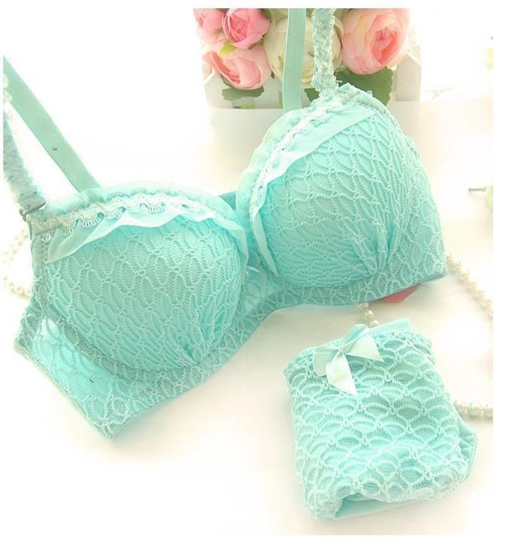 Young Fashion Lingerie Set