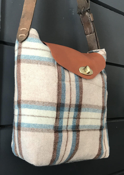 Handbag British Artist-made Vintage Wool Blanket Bag/Purse to sell