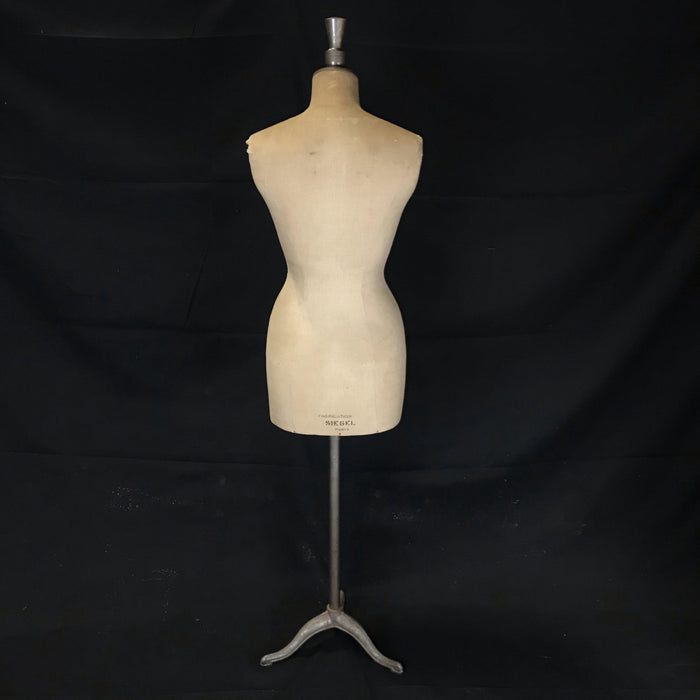 Paris, France Stockman Haute Couture Mannequin Figure
