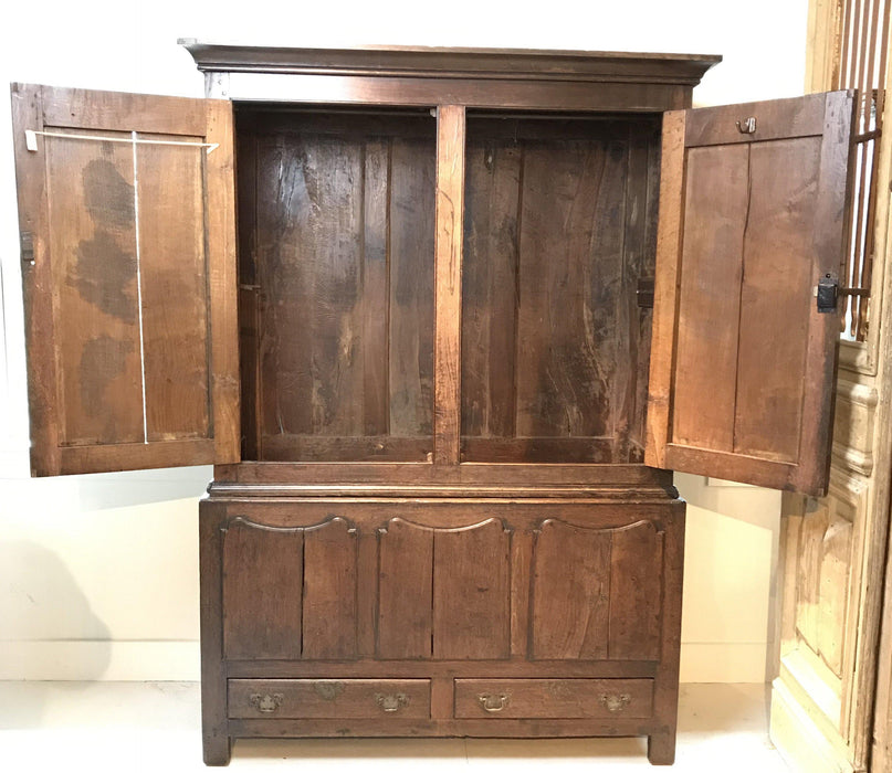 Antique 18th Century Early Oak Welsh Wardrobe/Armoire/Clothes Press/Housekeeper's Hanging Cupboard