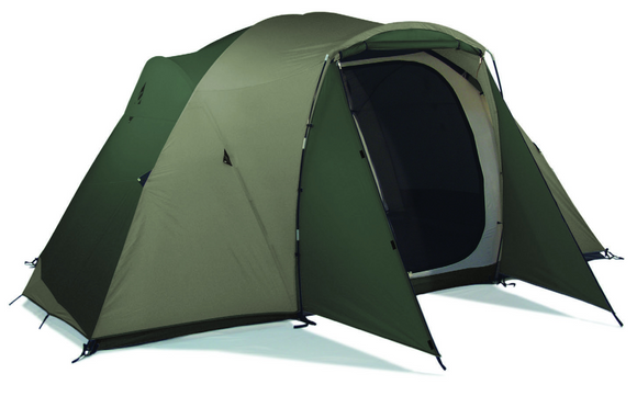 Chinook Technical Outdoor Titan Lodge 8 Person 3-Season Tent