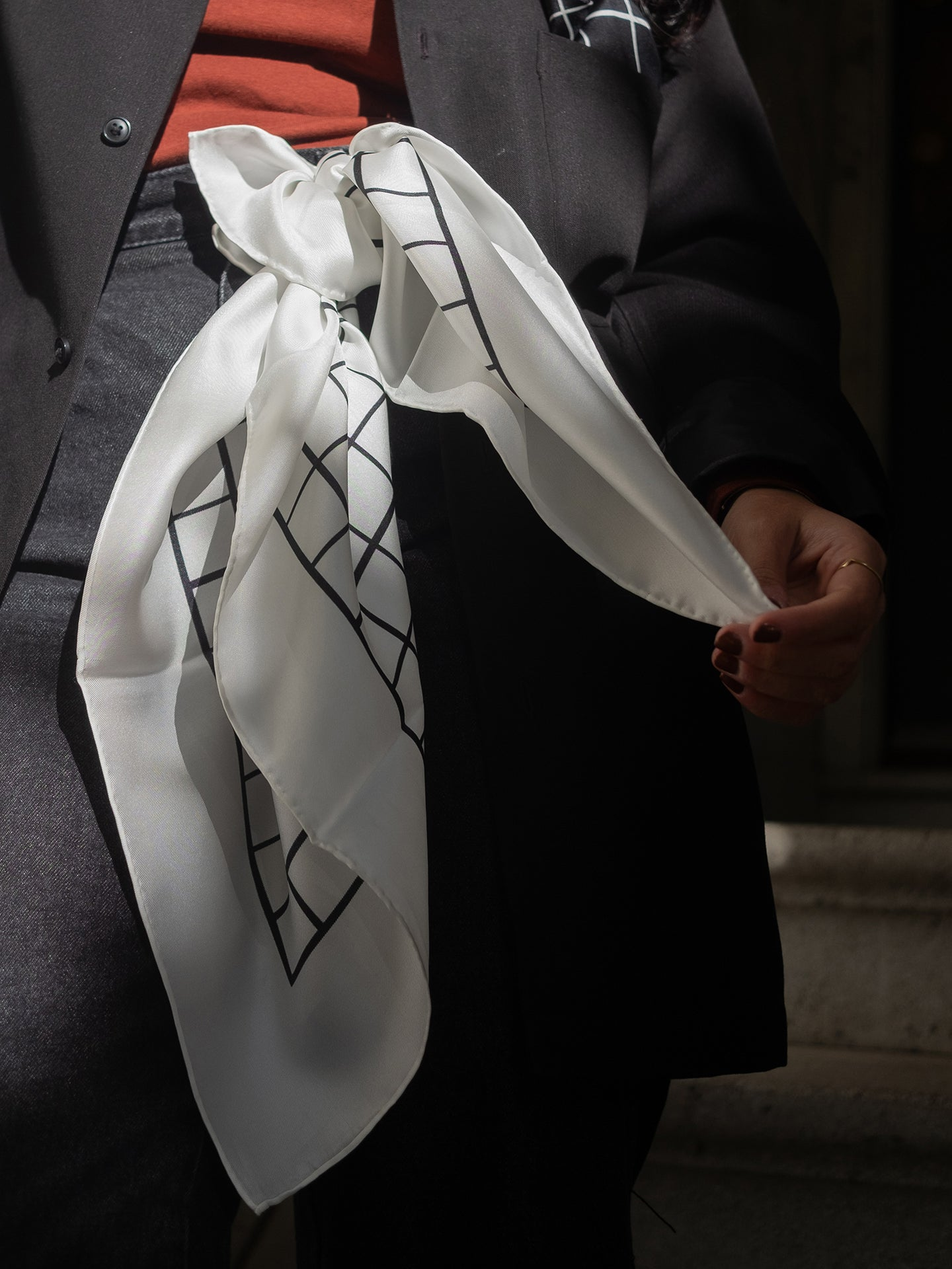 Cutting Mat Scarf (White)