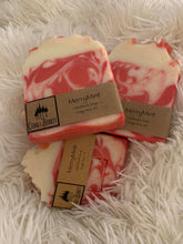 Load image into Gallery viewer, Cedar and Bennett Hand Made Merry Mint Soap