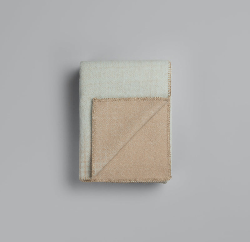 Roros Blanket/Throw - Light blue/beige