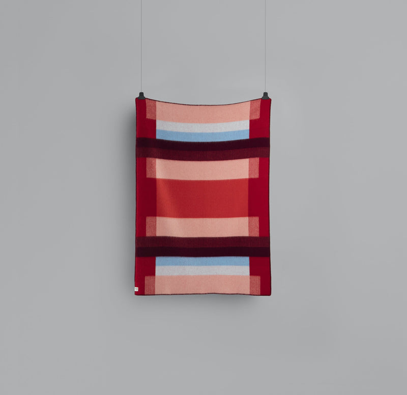 Roros Blanket/Throw - Mikkel Red