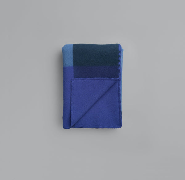 Roros Blanket/Throw - Syndin Blue