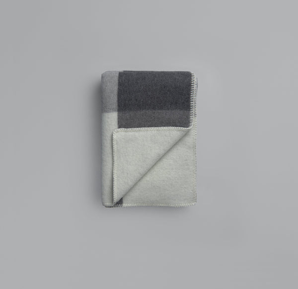 Roros Blanket/Throw - Syndin Grey/Charcoal