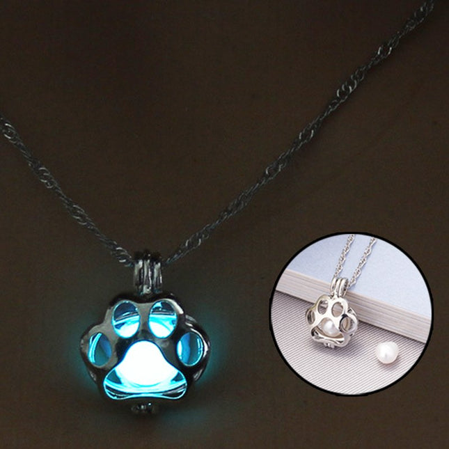 Glow In The Dark Necklace Dog Paw