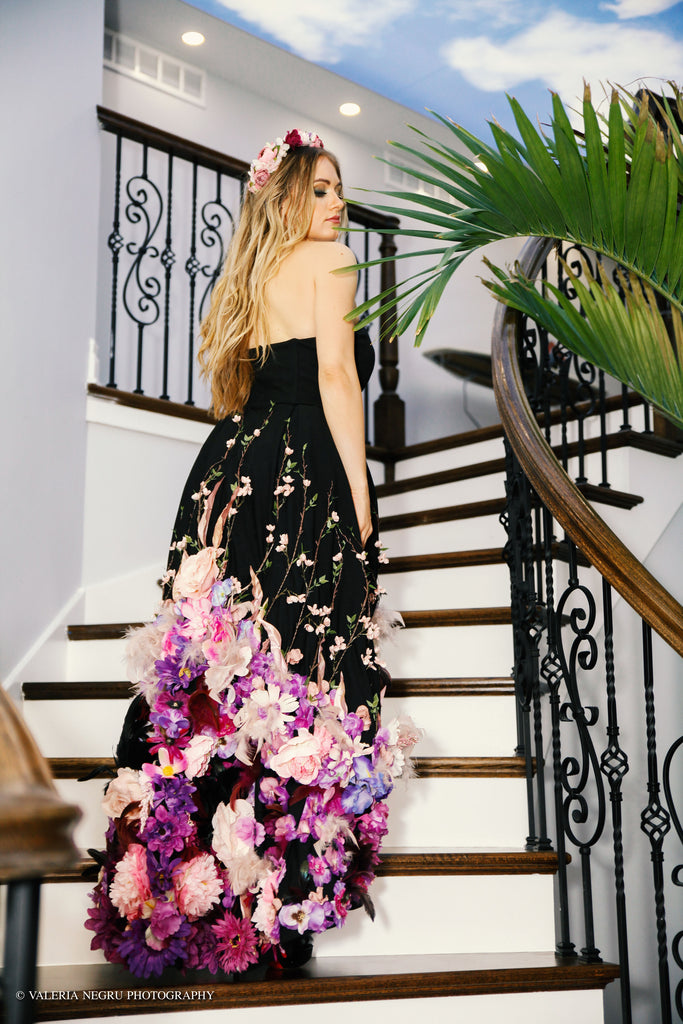 Jardin d'amour Black high-low hem Gown