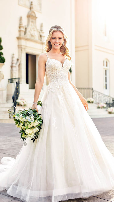 Sparkly Ball Gown With Glitter Tulle 6886