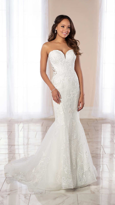 Simple and Glamorous Stella York Fit and Flare Wedding Gown 6979
