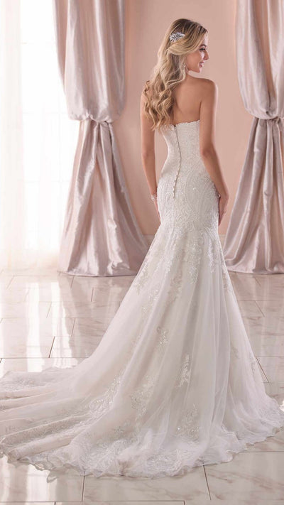 Formal Lace Wedding Dress 6716