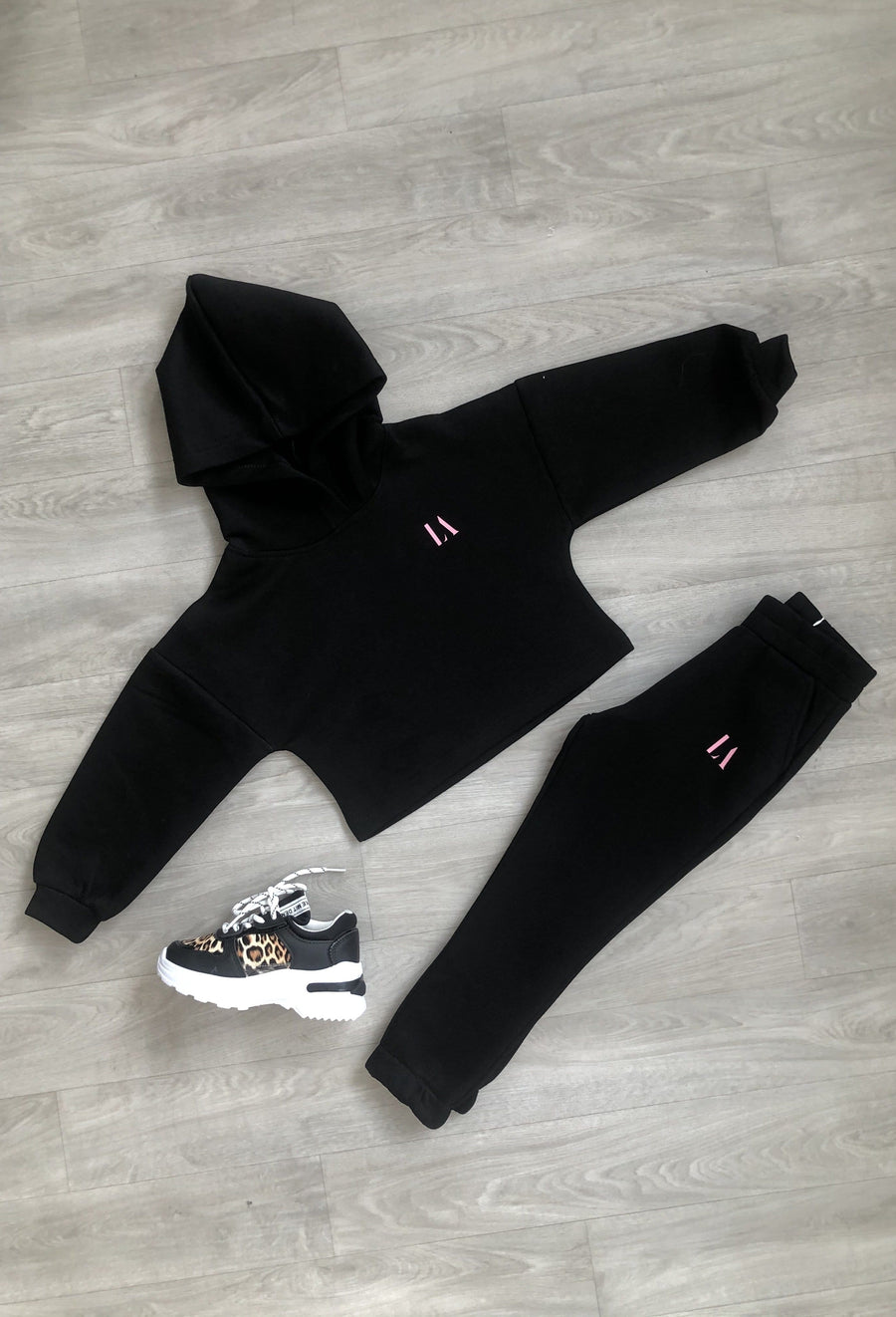 Gia LA Print Soft Tapered Tracksuit Black/Pink