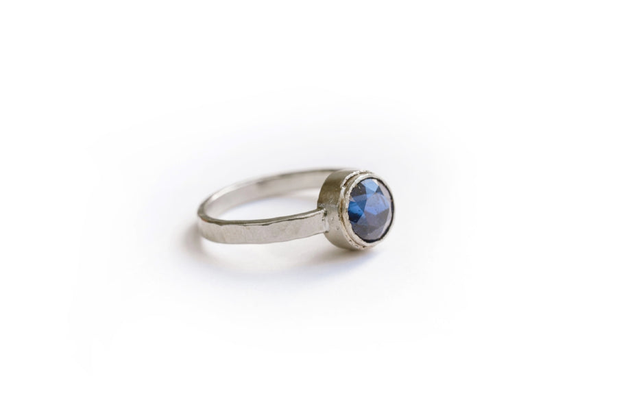 Blue Sapphire Engagement Ring Set Hammered 18k White Gold