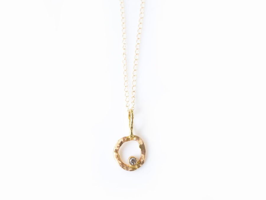 Ancient Circle | Diamond Hammered Gold Circle Necklace - Melissa Tyson Designs