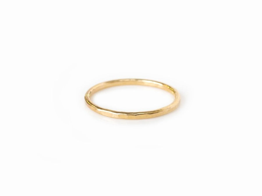 Hammered Thread | Stackable Wedding Band 14k Hammered Gold