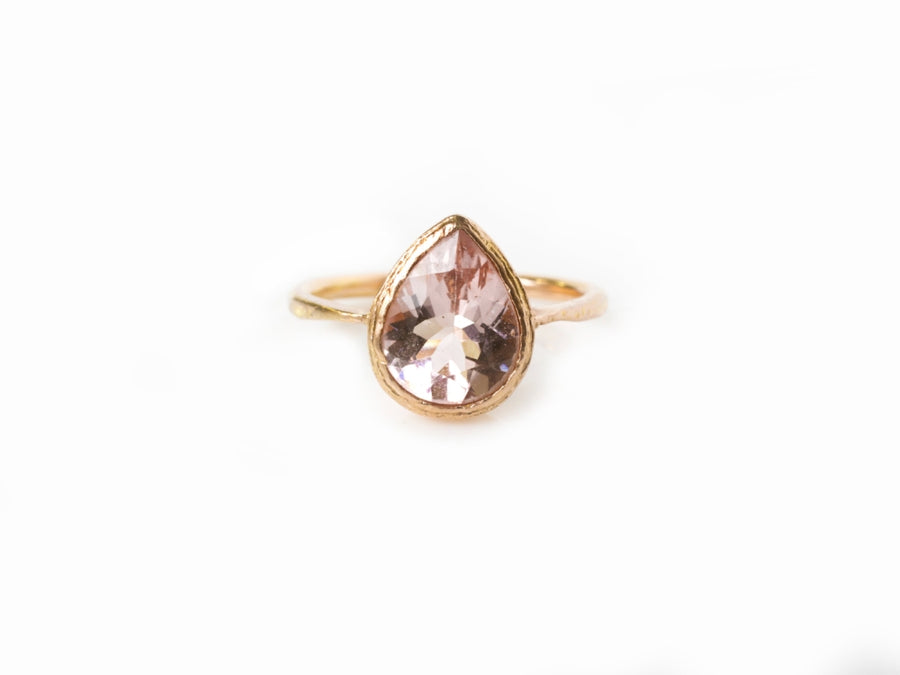 Pink Rose | Pear Pink Morganite Engagement Ring in Hammered 14k Rose Gold - Melissa Tyson Designs