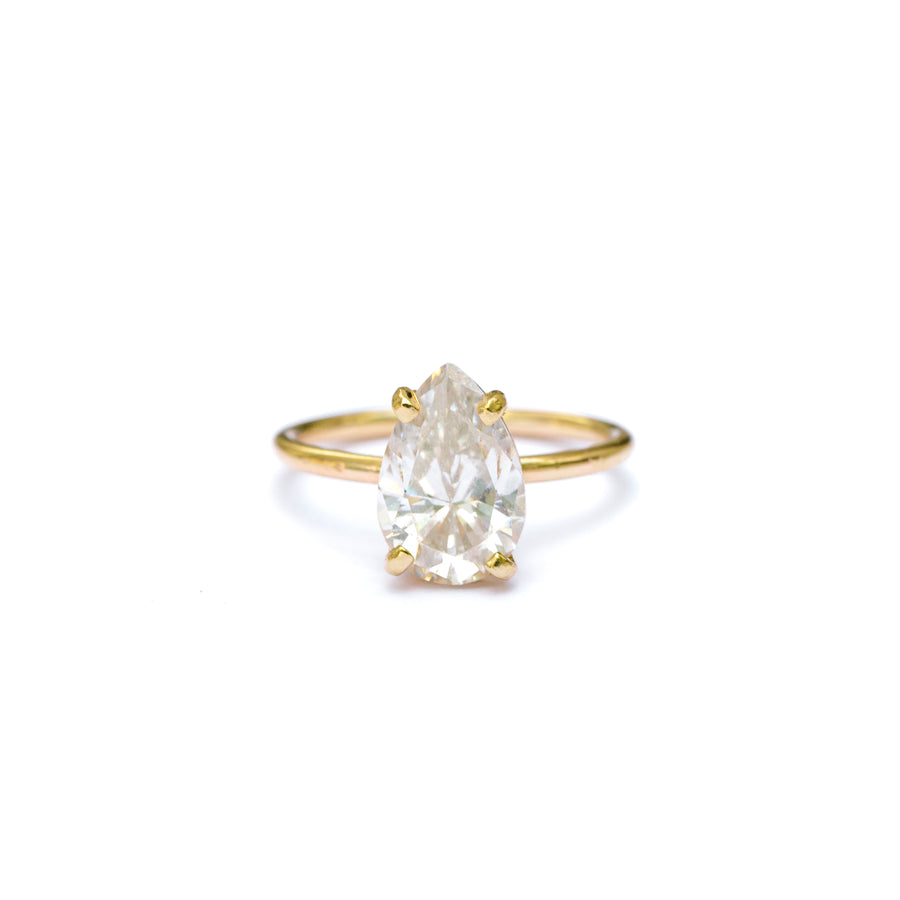 Alivia | Pear Moissanite Engagement Ring Thin Round Band - Melissa Tyson Designs