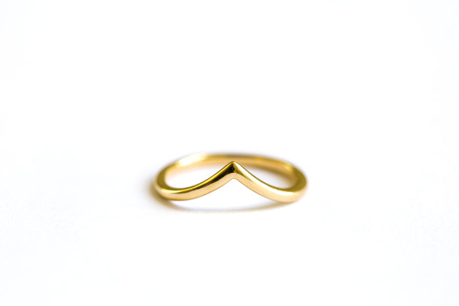 Smooth V Band | V Shaped Stacking Wedding Band 14k Recycled Gold - Melissa Tyson Designs