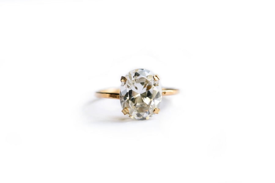 Seline Oval Moissanite Engagement Ring