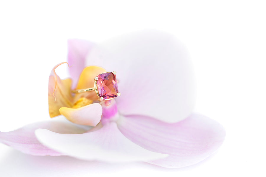 Vibrant Sky Pink Tourmaline Ring | Hammered 14k Gold Ring - Melissa Tyson Designs