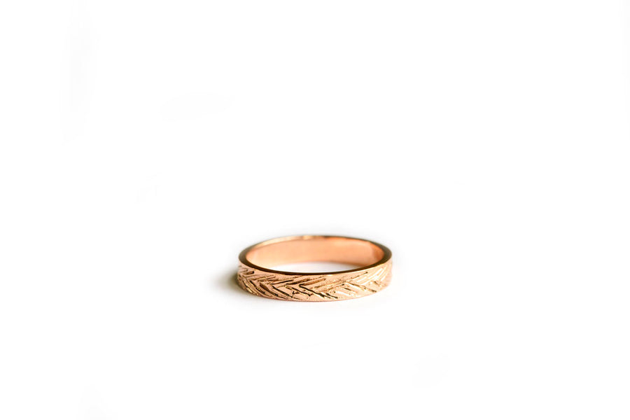 Feathers | Feather Hammered Wedding Band 14k Rose Gold - Melissa Tyson Designs