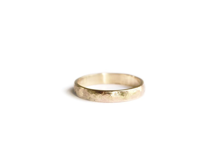 Fields | Hammered 14k Recycled Gold Wedding Band - Melissa Tyson Designs