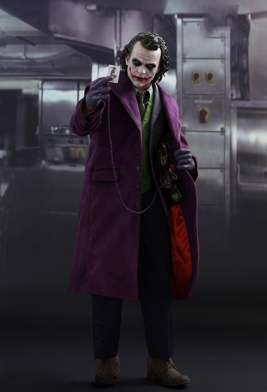 HOT SALE!THE DARK KNIGHT THE JOKER 1/4TH SCALE COLLECTIBLE FIGURE