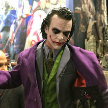 Load image into Gallery viewer, HOT SALE!THE DARK KNIGHT THE JOKER 1/4TH SCALE COLLECTIBLE FIGURE