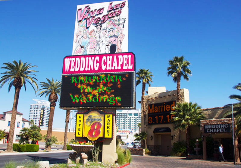 Viva Las Vegas Wedding Chapel This Is Known For Its Themed Weddings With Their Motto Being If You Can Dream It We Theme