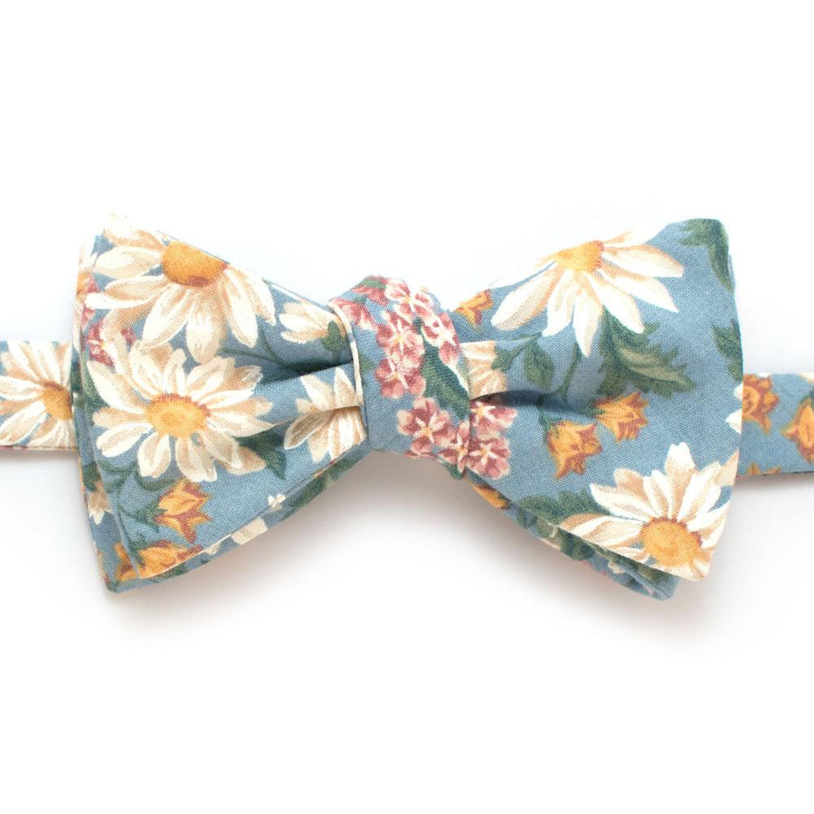 "1940s Daisy Patch Bow - General Knot & Co. ,  Self-Tied Classic Bow Tie 2.5"" at Widest - Neckwear and travel bags"