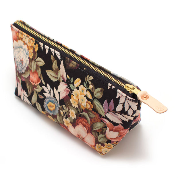 1940s Dutch Floral Travel Clutch