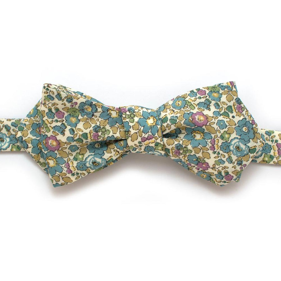 "Crescent Hill Diamond Point - General Knot & Co. ,  Self-Tied Diamond Point Bow 2.5"" at widest - Neckwear and travel bags"