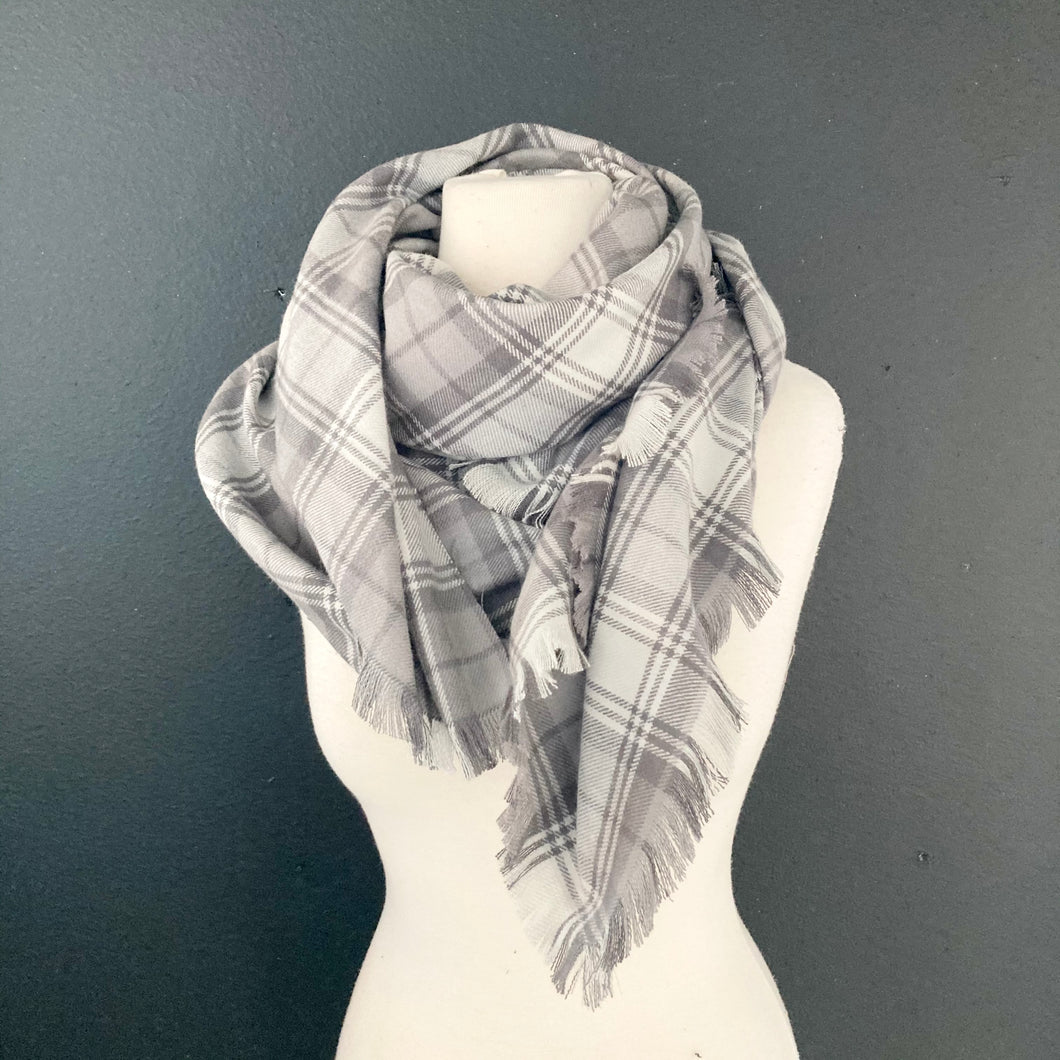 Blanket Scarf- Gray