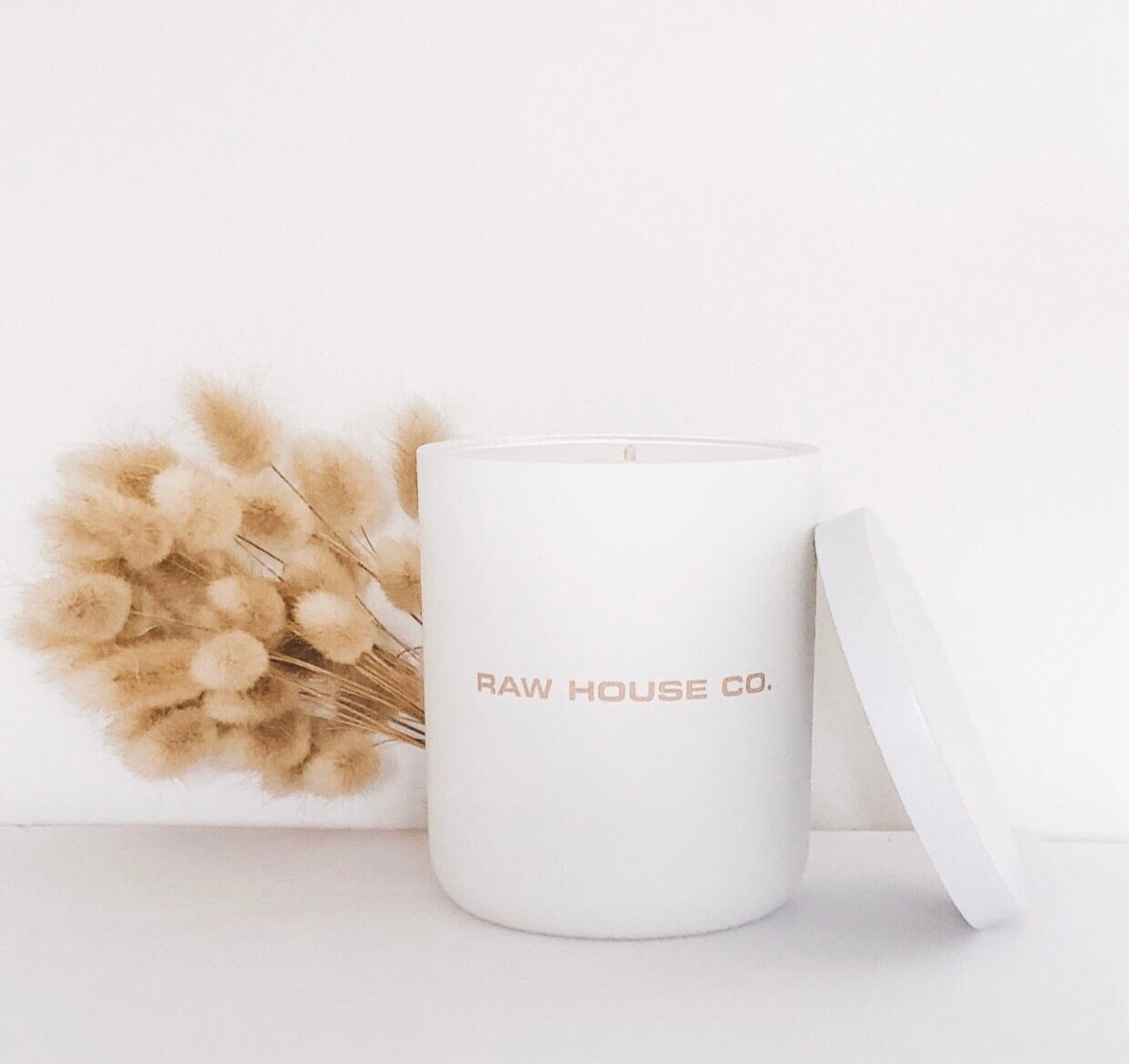 THE BLOOM: JAPANESE HONEYSUCKLE SOY CANDLE
