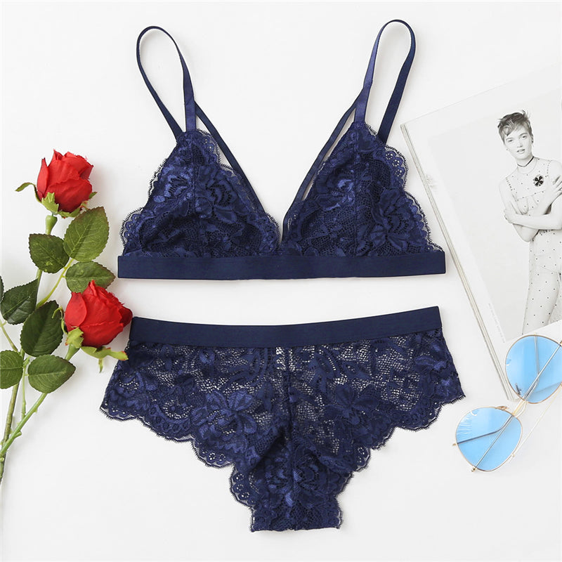 Scalloped Edge Harness Lace Lingerie Set