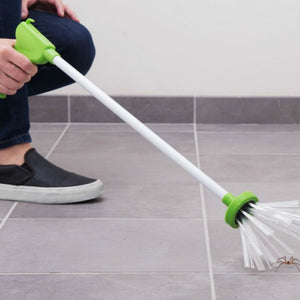 Long-Handled Eco Friendly Insect Grabber
