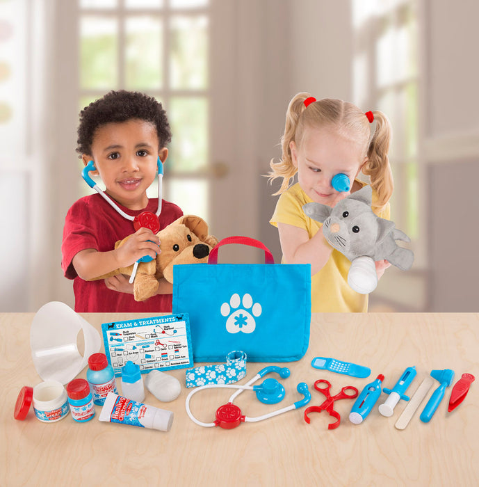 Melissa + Doug Examine + Treat Pet Vet Play Set